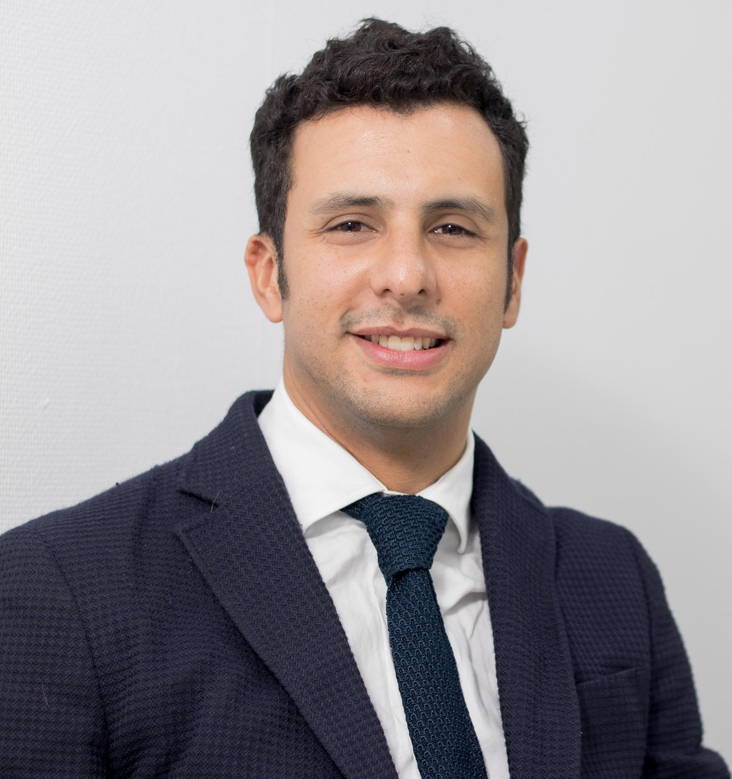Doctor Leonardo José Tortolero Blanco en clínica FLG Clinic Alicante