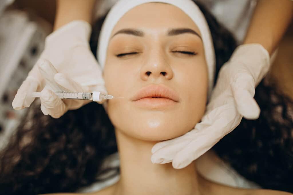 Tratamiento antiarrugas con ácido hialurónico